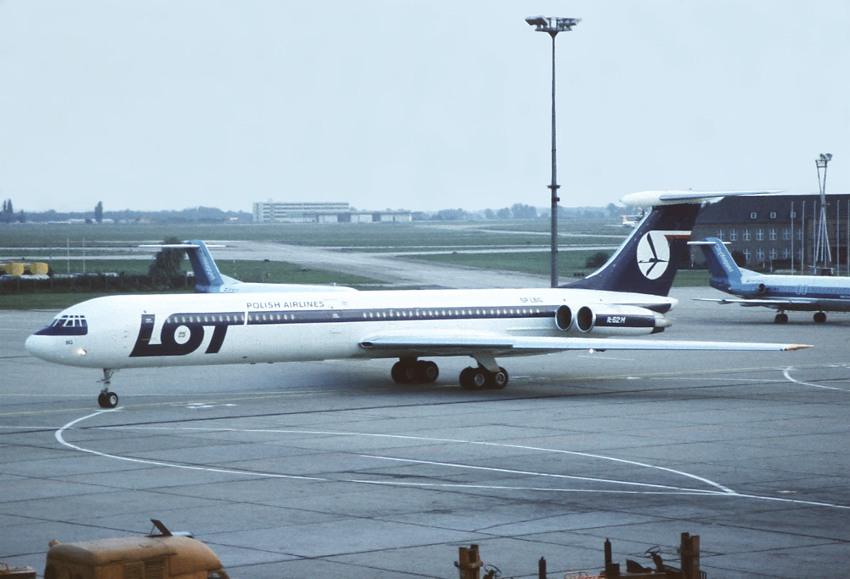 Sxf >> LOT IL-62M SP-LBG